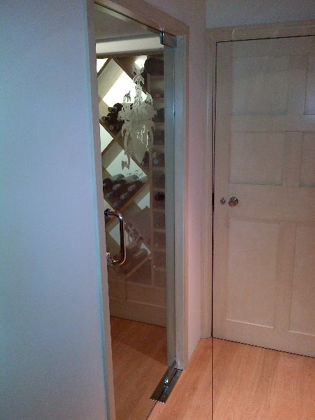 Frameless Glass Wine Store Door Gallery